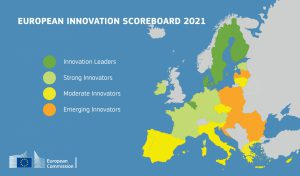 Mapa Europy z zaznaczonymi na kolorowo wynikami innowacyjności